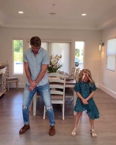 just a normal sunday morning before church w/ - The LaBrant Family - Halloween costumes diy That Youtube Family, Family Video, Cole And Savannah, Savannah Chat, Savannah Rose, Dance Choreography Videos, Dance Videos, Family Halloween Costumes, Diy Costumes