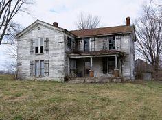 Old Folk Victorian Farmhouse near Cynthia, Kentucky