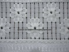 Bordados e afins: Bordados Embroidery, Flowers, Embroidery Sieve, Ems Embroidery Designs, Types Of Embroidery, Embroidery Needles, White Embroidery, Ribbon Embroidery, Chicken Scratch Embroidery, Drawn Thread, Hardanger Embroidery, Bargello