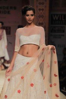 Designer: Manish Malhotra | Wills India Fashion Week, Feb 2012