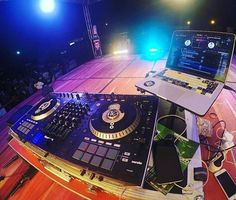 Buenas noches  by @elnautave  #deepHouse #Music #musica #Musicaeletronica #HipHop #djlive #TrapHouse #trap #Funk #trance #baladas #Party #djstoreall4u #pioneerdj #seratodj #djsbrasil #vidadedj #tecno #dance #scratch #tocadiscos #cdj #mixer