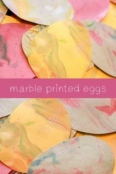 Beautiful marble print effect for Easter eggs