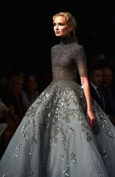 """velvetrunway: Michael Cinco F.W 2017 @ Dubai. - velvetrunway: """"Michael Cinco F.W 2017 @ Dubai Posted by x """" Floral Wedding Gown, Wedding Gowns, Floral Gown, Wedding Blog, Fall Wedding, Style Couture, Couture Fashion, Beautiful Gowns, Beautiful Outfits"""