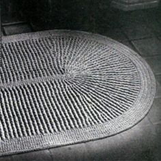 This crochet rug pattern makes a oval rug that's perfect for your bathroom.   There is also a matching toilet seat cover ... should you have one of those standard 1940s commodes in your home. !