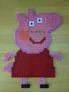 Una gran Peppa Pig para decorar la habitación, tiene adhesivo para poder pegarlo donde se quiera. Este modelo se entrega con los adhesivos necesiarios puestos.