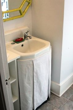 No-Sew Sink Skirt