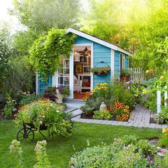 82 stunning small cottage garden ideas for backyard inspiration Cottage Garden Sheds, Small Cottage Garden Ideas, Cottage Garden Plants, Small House Garden, Garden Homes, Garden Nook, Kingston, Shed Conversion Ideas, Shed Landscaping