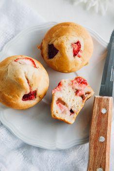 Low-Fat Vegan Strawberry Muffins