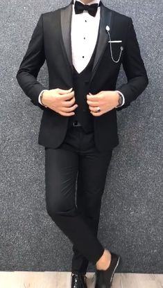 Collection: Spring Summer 2019 Product: Slim-Fit Tuxedo Color Code: Black Size: Suit Material: apre royal lycra Machine Washable: No Fitting: Slim-fit Package Include: Jacket Vest Pants Only Gifts: Shirt Chain and Bow Tie Indian Men Fashion, Mens Fashion Wear, Suit Fashion, Blue Suit Men, Black Suits, Suit For Men, Slim Fit Tuxedo, Tuxedo For Men, Black Suit Wedding