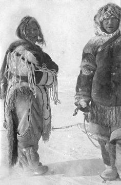 Inuit couple near Chesterfield Inlet - 1919