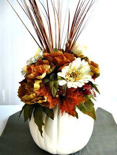 Pumpkin table arrangement Thanksgiving table by JDsBowCreations