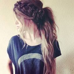 17 Hairstyles That Work Well on Damaged Hair ...