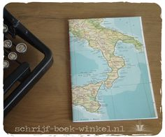 Oude atlaskaart verwerkt tot schrift. Vele mogelijkheden! info@schrijf-boek-winkel.nl