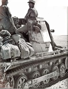 A Panzerjager I and crew in North Africa. Designed on a modified Panzer I chassi. by War I & World War II Panzer Ii, Diorama, Afrika Corps, North African Campaign, Erwin Rommel, Tank Destroyer, German Army, War Machine, World War Ii
