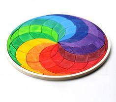 http://www.jugarijugar.com mandala de madera espiral