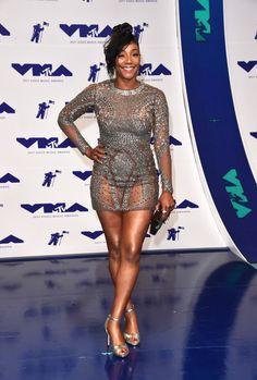 Tiffany Haddish Photos - Tiffany Haddish attends the 2017 MTV Video Music Awards at The Forum on August 2017 in Inglewood, California. Dresses For Apple Shape, Tiffany Haddish, Black Magazine, Vintage Black Glamour, Black Actresses, Dark Skin Beauty, African American Women, Curvy Outfits, Beautiful Black Women