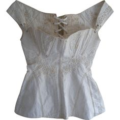 A beautiful example of a regency /Georgian era corset, or stays, dating to around 1820s & originating in America. I'm calling this regency because it