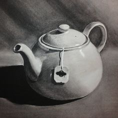 Chiaroscuro charcoal drawing assignment for the Academy of Art University. Tea pot. For more visit: http://www.brownpaperbunny.com