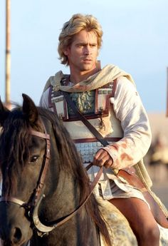 Colin Farrell as Alexander the Great in Alexander