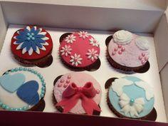 Chocolate - Vanilla Cupcakes!!!