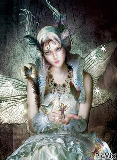 Fairies Gifs and Pictures :: Fairy With Little Fairy image by angellovernumberone - Photobucket