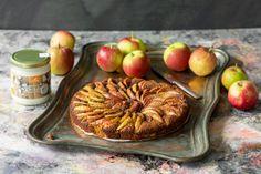 Gluteeniton omenapiiras maistuu ihanasti kookokselta. Mehevä piiras maistuu sellaisenaan tai vaikkapa jäätelön tai kermavaahdon kruunaamana. Food, Essen, Meals, Yemek, Eten