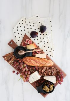 the perfect cheeseboard // sarah sherman samuel