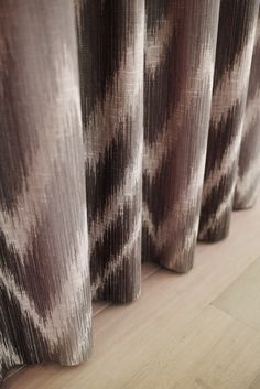 www.onlinegordijnenshop.be #interiors  #linen #decoration #curtains #upholstery #fabric #contemporary #country #gordijnen #meubelstoffen #wooninrichting Artelux , Toppoint , Ado , Egger , Dekortex , Kobe , Jb art , Prestious textiles  , Holland Haag , online te koop