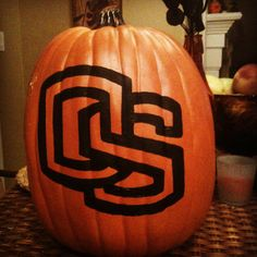 A fun way to decorate for Halloween with this stenciled plastic pumpkin of your OSU team! Decorate your home or exteriors with the Beaver OS
