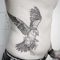 Les tatouages géométriques de Nouvelle Rita | Ufunk.net