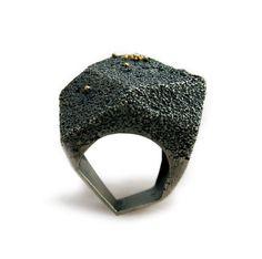 Cecilia Ribeiro - Contemporary Jewelry Design #contemporaryjewelry