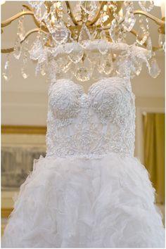 Fairytale wedding dress  | Photography: Olivier Lalin from WeddingLight | FrenchWeddingStyle.com