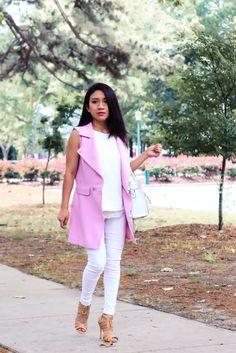 Blanco y chaleco largo lila