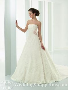 Bridal Gowns Mori Lee 4528...beautiful dress!