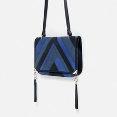 Image 2 of LEATHER PATCHWORK CROSSBODY BAG from Zara