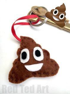 poop-emoji-keychain-