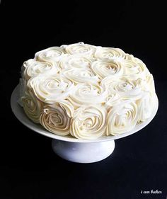 Rose Cake Tutorial. This is the tutorial I used when I made my daughter's wedding cake. It's even prettier in person! I pretty much decided this is my go-to cake from now on! (P.S.....it's easy and fast! It took me about 15 minutes to decorate the cake from start to finish!)