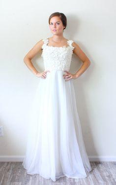 20 OFF XMAS in JULY sale Vintage Wedding dress by BeigeVintageCo