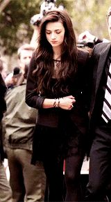 - 9 gifs, go to tumblr post - allison argent's favorite outfits (2/3)