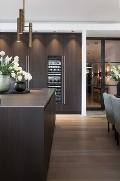 Narrow Corridor Kitchen: 60 Projects, Photos and Ideas - Home Fashion Trend Rustic Kitchen Design, Home Decor Kitchen, Interior Design Kitchen, Kitchen Furniture, Home Kitchens, Kitchen Modern, Kitchen Dining Living, Cuisines Design, Küchen Design