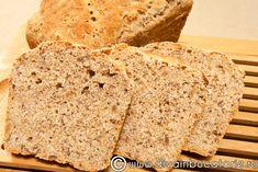 Trebuie sa incercam sa ne hranim sanatos. Semintele de in contin Omega3 mai mult decat pestele, ajuta sistemul digestiv, reduc Mai, Bread, Food, Brot, Essen, Baking, Meals, Breads, Buns