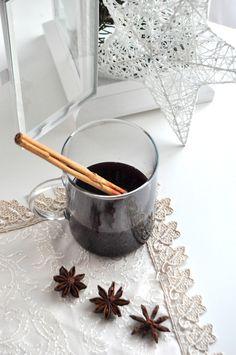 Receta navideña, vino caliente especiado o glühwein