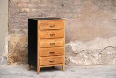 Semainier 5 tiroirs relooké  www.gentlemen-designers.fr