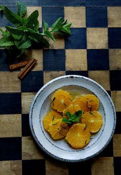 Moroccan orange salad- sprinkle on the cinnamon and mint