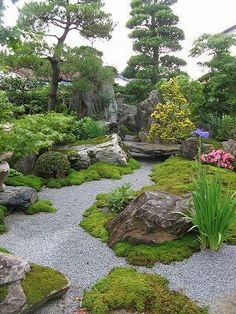 Wonderful Landscaping Stone Ideas How to Landscape With Stone Landscaping Stone Ideas. There is nothing more relaxing than spending time outdoors in your beautifully landscaped yard. Flowers, plants, shrubs, and trees help to create a Read Small Japanese Garden Pond, Japanese Garden Design, Japanese Gardens, Japanese Garden Landscape, Japanese Style, Stone Landscaping, Backyard Landscaping, Landscaping Ideas, Beautiful Landscapes