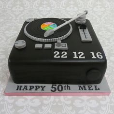 Record turntable cake