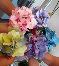 {Here is an array of interesting colored Hydrangeas from a class taught by Filiz Bircan}