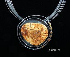 Jewelry | Jewellery | ジュエリー | Bijoux | Gioielli | Joyas | Art | Arte | Création Artistique | Precious Metals | Jewels | Settings | Textures | Elaine Rader Jewelry Galleries