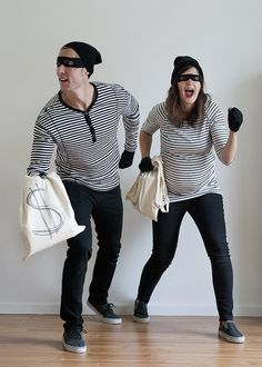 10 Cute DIY Couples Costumes For Halloween