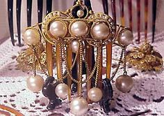 Victorian Algerian comb, originally from the Norma Hague collection with pearls and gilded metal. Small pearls are wired around the larger ones. The Frances Wright Collection.